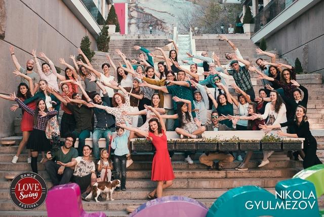 Защо група суинг танцьори направиха ВИДЕО в Пловдив?