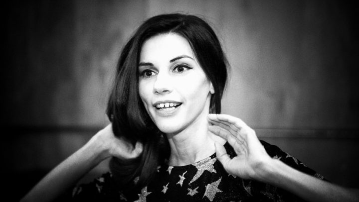 """""""Писането на поезия е моят личен завод за рециклиране на скръб"""": Димана Йорданова"""